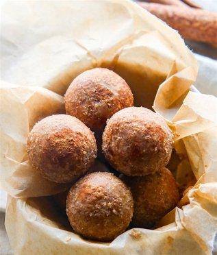 cinammon-vanilla-protein-bites-gluten-free-no-bake-4-of-1.jpg